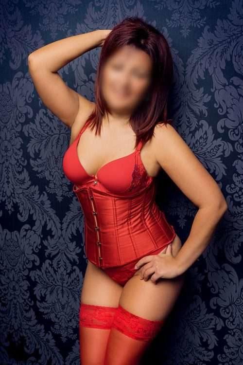 EP_ep_Tina-reife-escort-modelle-berlin-500x750